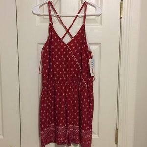 Dresses & Skirts - Cute summer romper